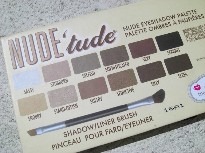 Nude'tude the balm palette princesse affreuse swatches (5)