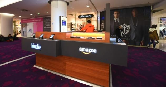Un kiosque Amazon à La Défense