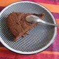 The gâteau au chocolat amer, au grué de cacao et au beurre salé: comment avoir du succès en deux coups de cuillères à pot!