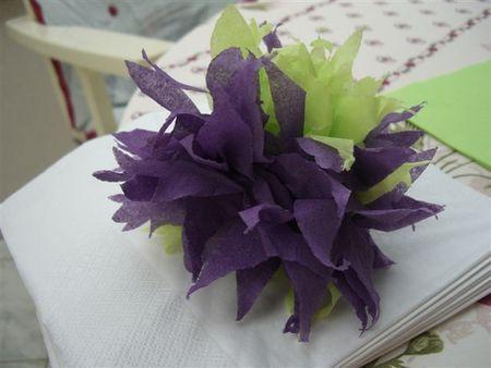 Fleur en papier (pétales pointus)