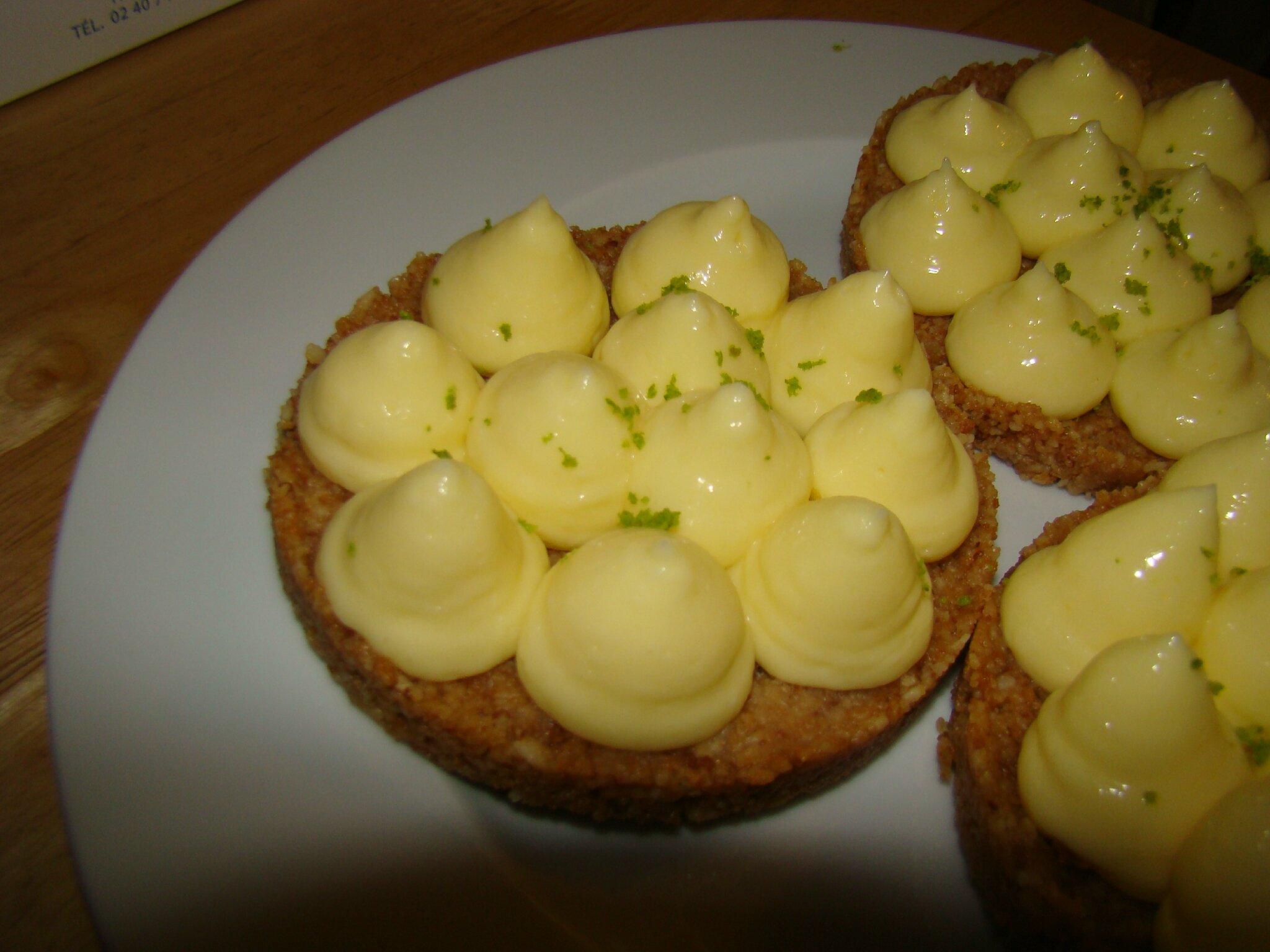 Tarte au citron fa on christophe michalak telle m re telles filles - Fond de tarte biscuit ...