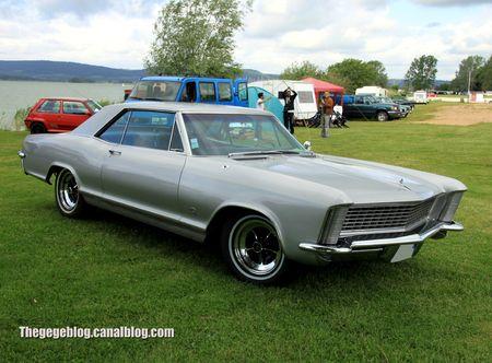 Buick riviera coupé de 1965 (Retro Meus Auto Madine 2012) 01
