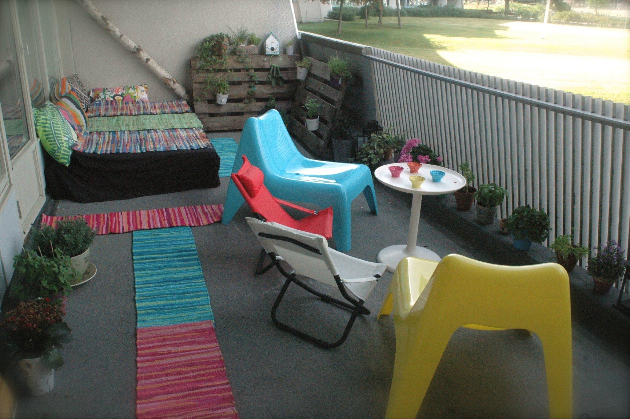 Am nager son balcon avec des palettes mon escargot for Accesorios para toldos de balcon