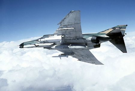 800px-F-4G_Phantom_II_Wild_Weasel_carries_AGM-78_and_AGM-45