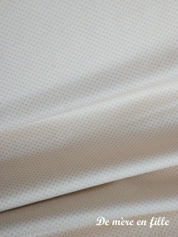 ivoire petits motifs beige
