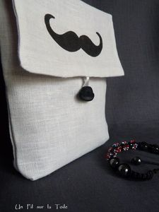 POCHETTE_MOUSTACHE_53