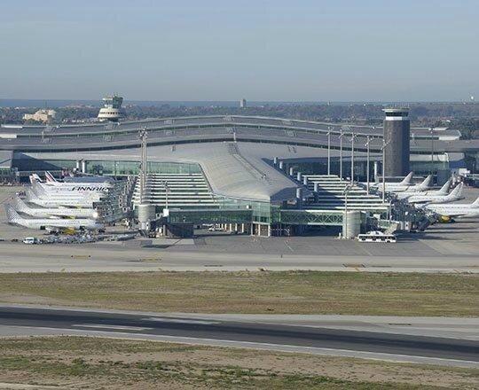 aeroport-barcelona-el-prat_img_gallery_full_page