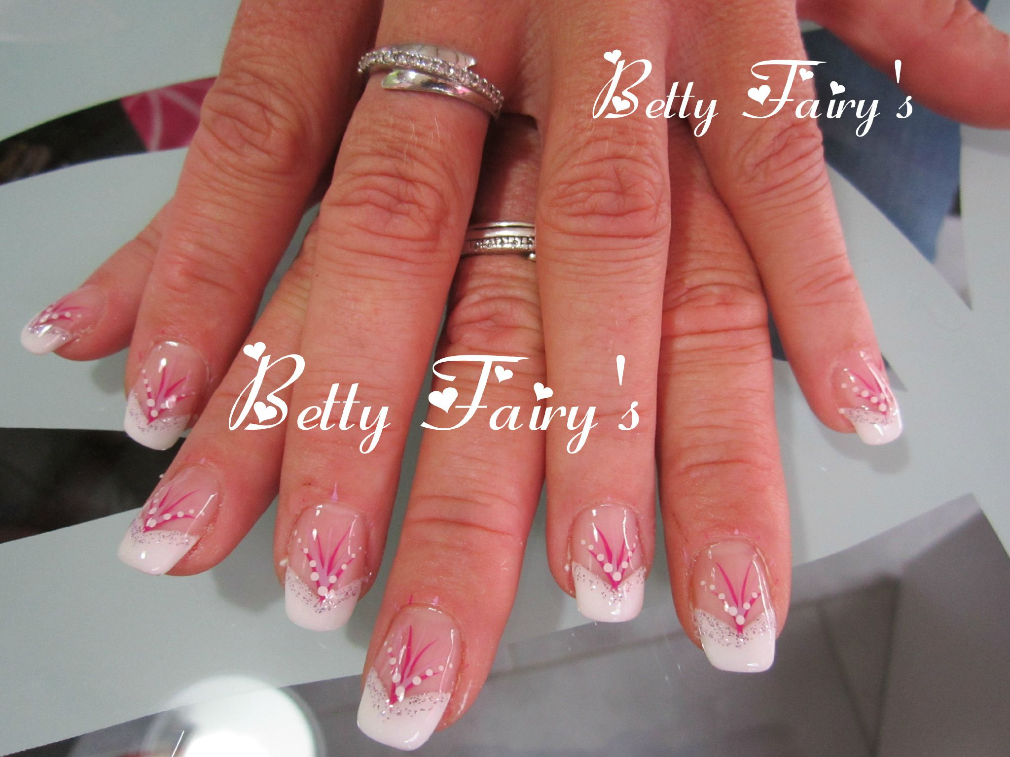 Ongles french blanche et rose - Ongle gel french blanche ...