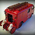 RENAULT 2T5 F.I.N (Fourgon d'Incendie Normalisé) carrosserie Tubincendie