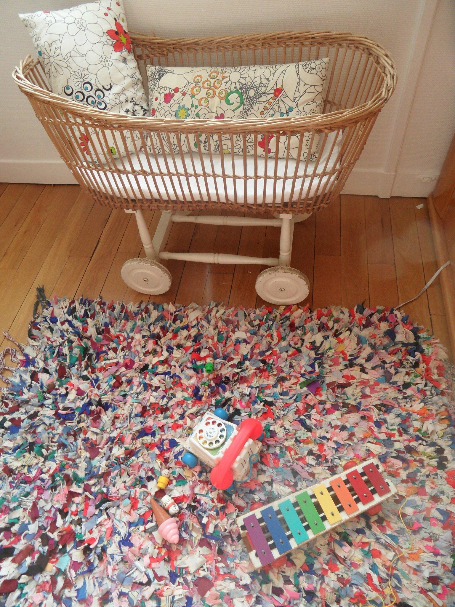tapis boucherouite mon arbre magique. Black Bedroom Furniture Sets. Home Design Ideas