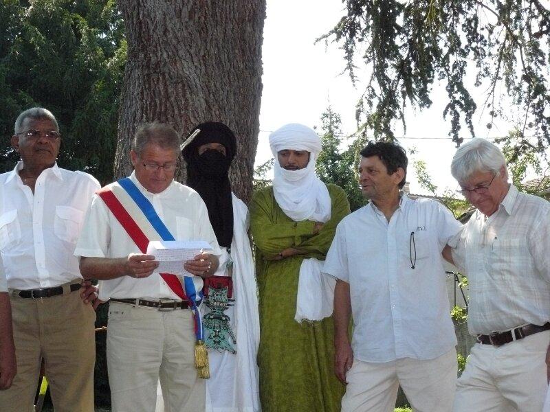 FRACOIS TAVERNIER MAIRE DE PARCIEUX
