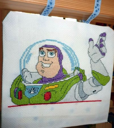 toy-story_buzz_09a