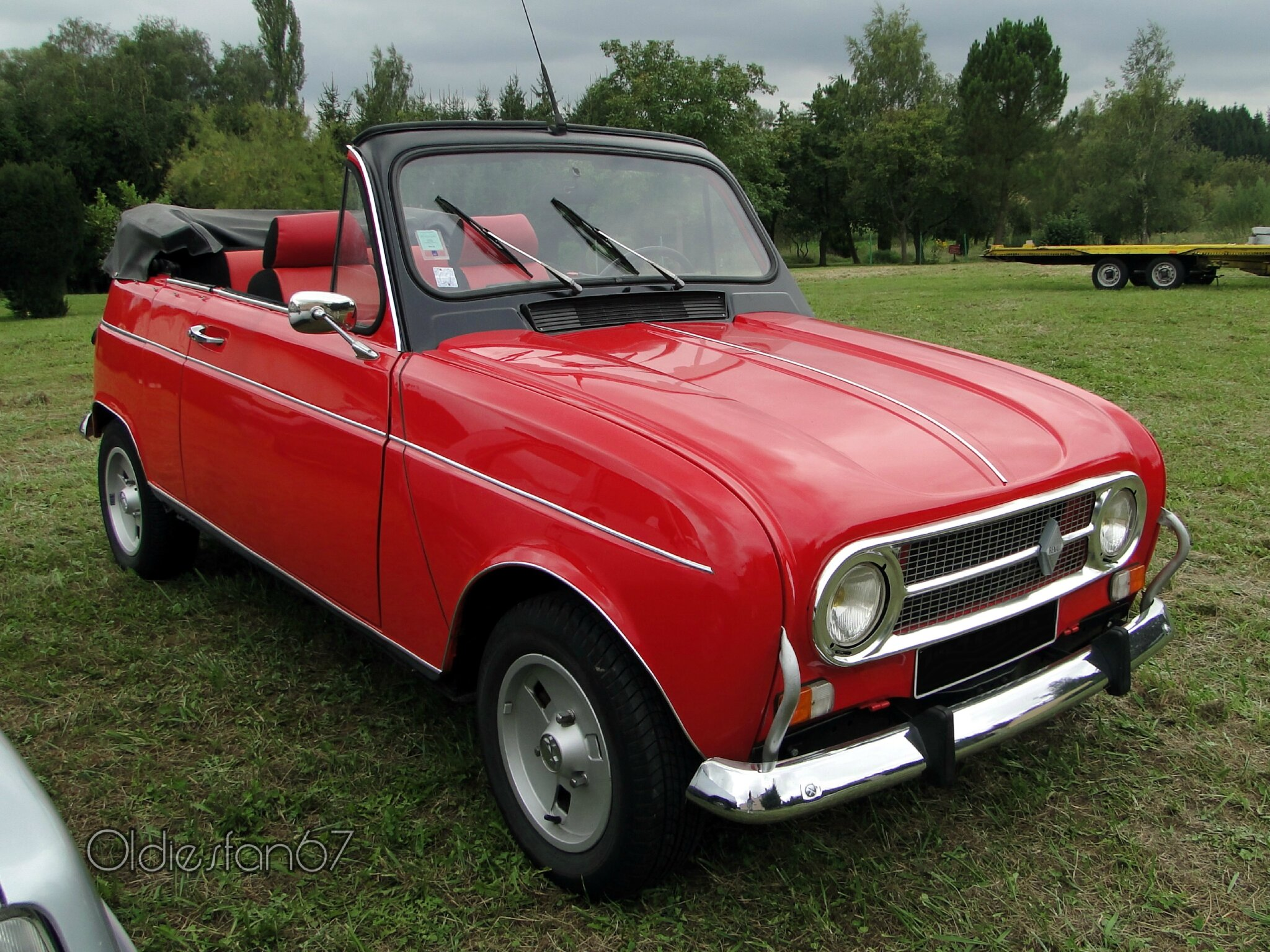 renault 4 tl 2 portes cabriolet 1968 1974 oldiesfan67 mon blog auto. Black Bedroom Furniture Sets. Home Design Ideas