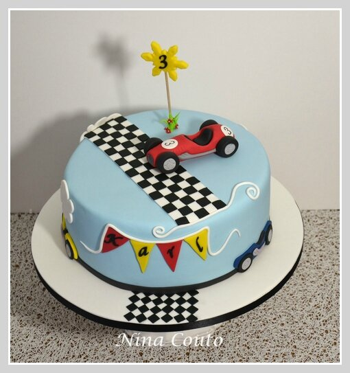 KARL GATEAU VOITURE CAKE RACING CARS NINA COUTO