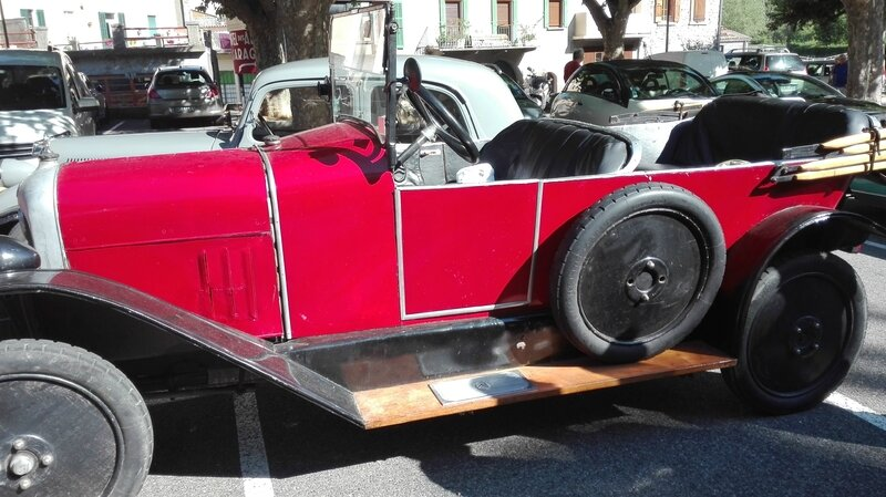 SERRES AUTO RETRO L ESTANCO 25 JUIN 2017 PHOTOS AMD A COUDRE (55)