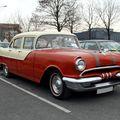 Pontiac chieftain 4door sedan de 1955 (23ème Salon Champenois du véhicule de collection) 01