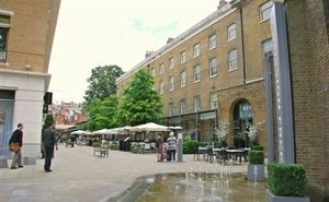 Duke of York Square 02