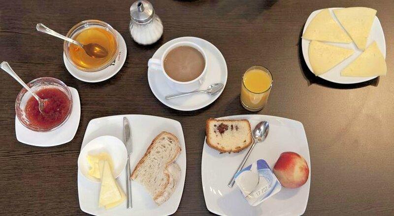 desayuno albergue Salceda