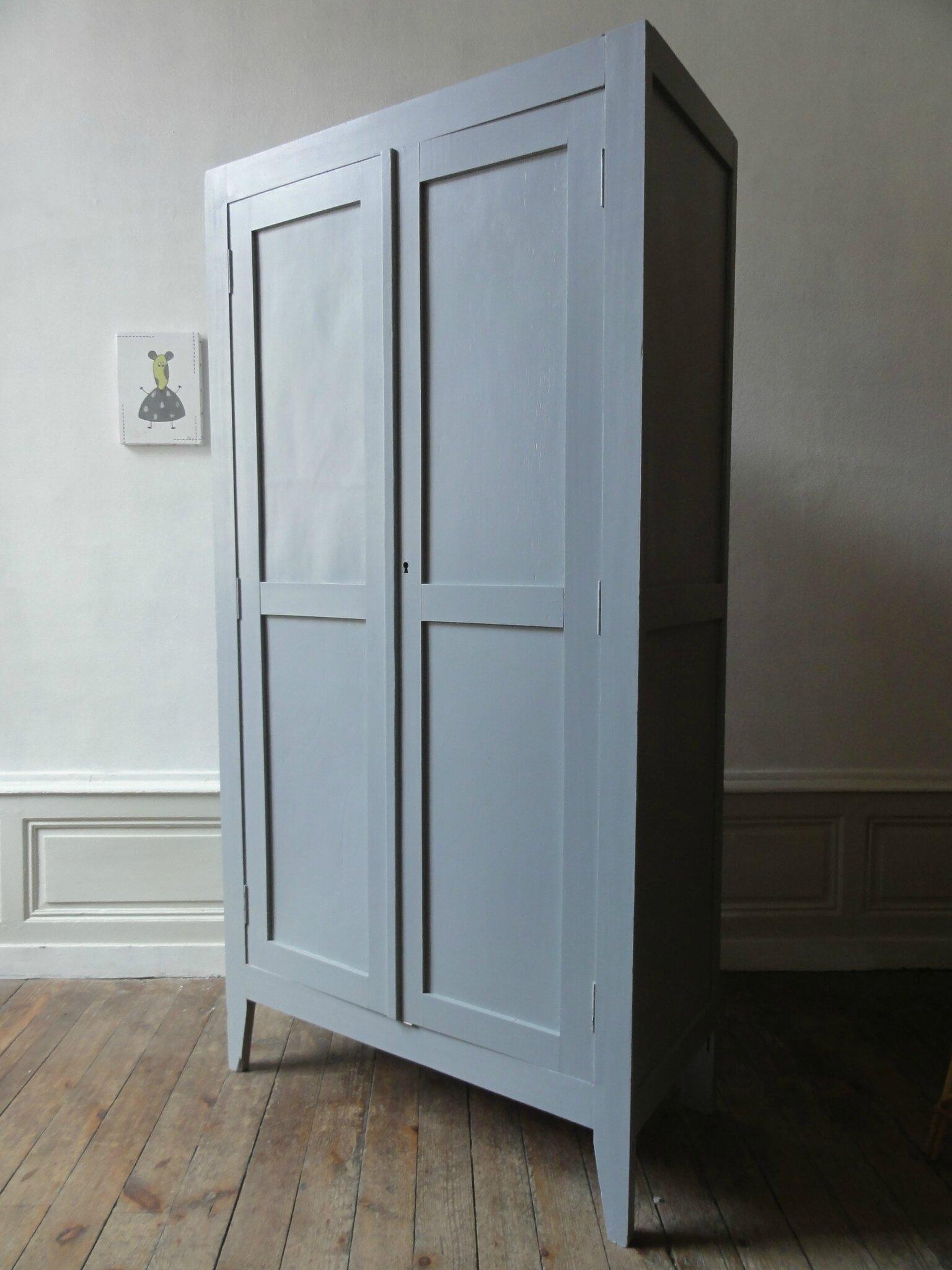 armoire parisienne annees 40 vintage moi. Black Bedroom Furniture Sets. Home Design Ideas