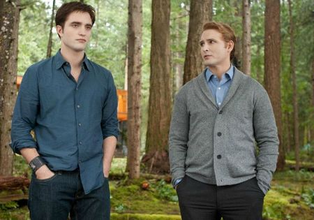 BREAKING-DAWN-MOVIE-STILL-4