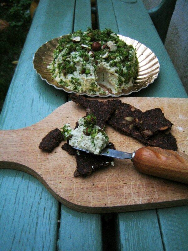 Faumage vegan aux noix de cajou ciboulette et noisette (12)