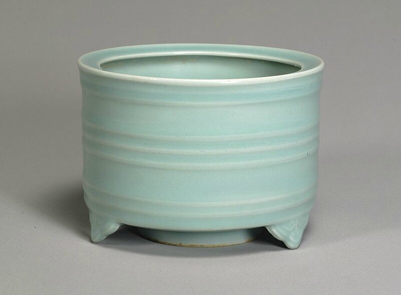 Celadon glazed incense burner, Longquan Ware, Southern Song Dynasty, 13th century