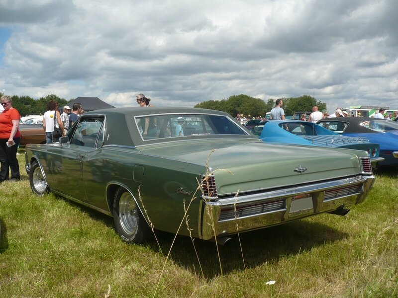 LINCOLN Continental 2door hardtop 1968 Eutingen im Gau (2)