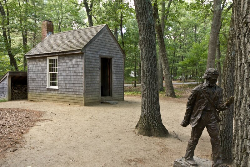 Henry David Thoreau - Replica his _cabin_near_Walden_Pond_and_his_statue