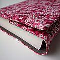 Couverture de livre liberty mitsy valéria rose et intérieur en coton chocolat