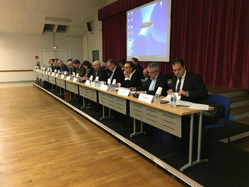 conseil de communauté d'agglomération Mont-Saint-Michel Normandie Isigny-le-Buat 30_01_2017 bureau président et vice-présidents