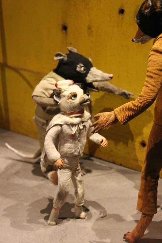 wes-anderson-follow-me-white-rabbit-alice-musee-miniature-lyon (29)