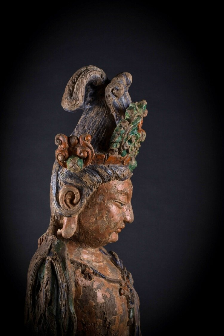 A wooden statue of Guanyin, China, Song-Yuan Dynasty
