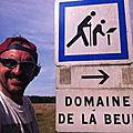 Jénorme visite le domaine de la Beue à vélo (58)