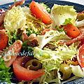 Salade verte aux poulpes