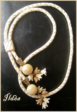 collier_crochet_fleurs_1