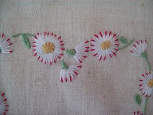 COEUR MARGUERITE BRODERIE TRADITIONNELLE (4)
