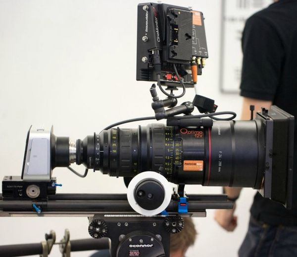 Blackmagic-Camera-Optimo-PL-Lens-616x532
