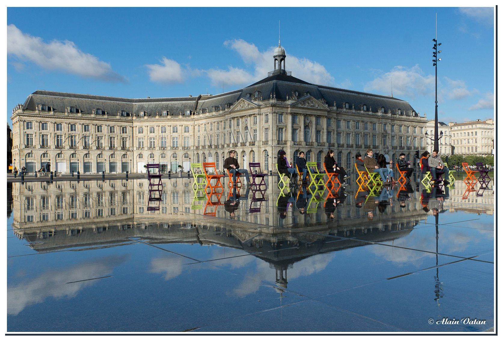 Spectacle sur le miroir d 39 eau bordeaux passion photo 40 for Miroir d eau bordeaux
