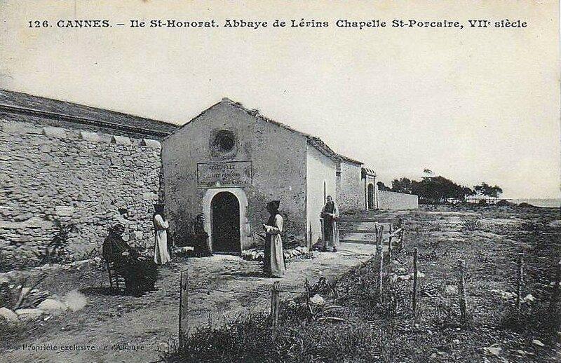 Abbaye Saint-Honorat chapelle Saint-Porcaire 1a