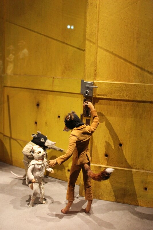 wes-anderson-follow-me-white-rabbit-alice-musee-miniature-lyon (25)