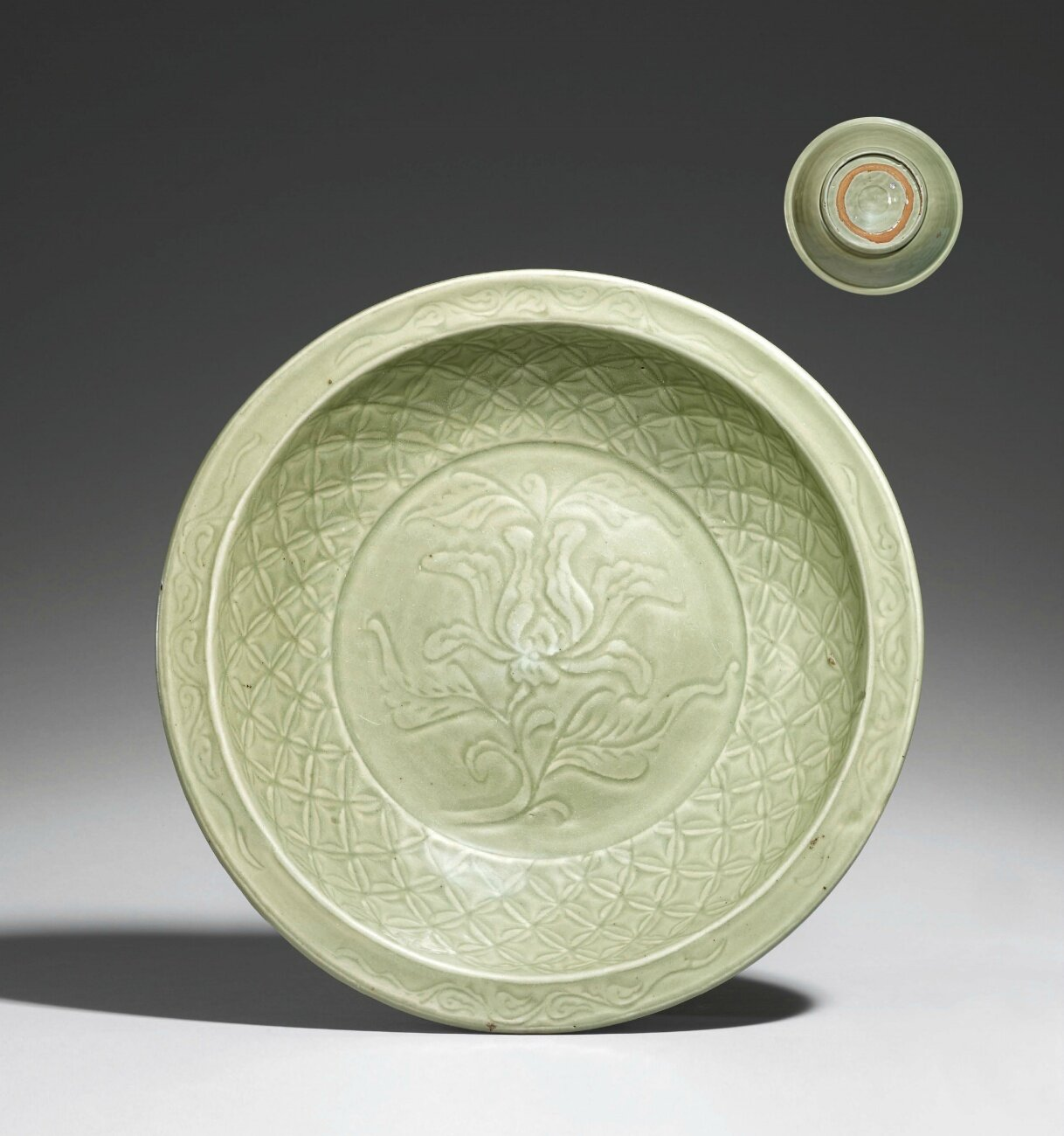 A large Longquan celadon charger. Ming Dynasty, 14th-15th century