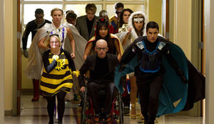 glee_s4e7_superherocharge