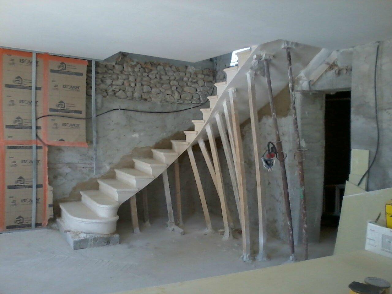 escalier massif autoportant 1 4 tournant tailleur de pierre thomas girard. Black Bedroom Furniture Sets. Home Design Ideas