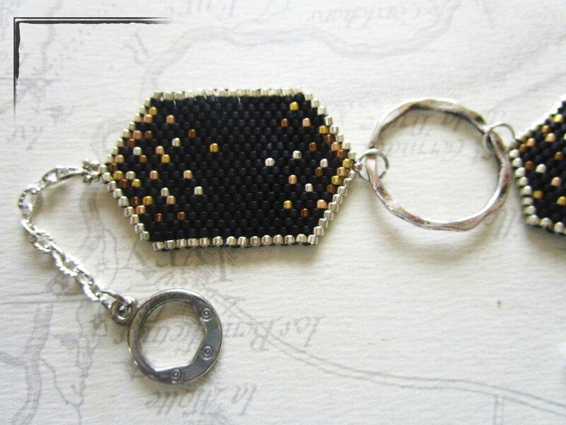 bo et bracelet tissé noirs 005