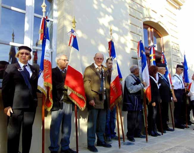 Les Sentiers de Mémoire du Maquis de Gordes octobre 2015