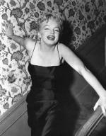 1956-03-03-BeverlyGlenBoulevard-press_party-044-1