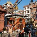 Pres du grand stupa du coin