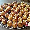 Mini-canneles bordelais
