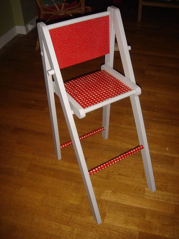 Chaise haute avec tablette r tractable pour bb enfant for Chaise auto pour bb