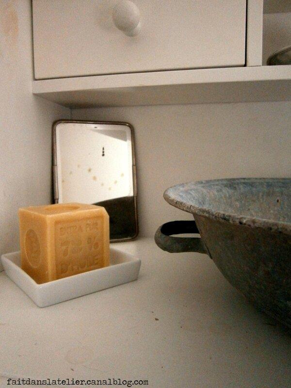 brocante fait dans l 39 atelier. Black Bedroom Furniture Sets. Home Design Ideas